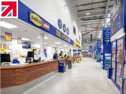 Thorn Lighting has supplied the luminaires for Selco Builders Warehouse