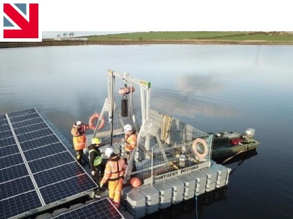 Reid Gantry Used to Install Floating Solar System